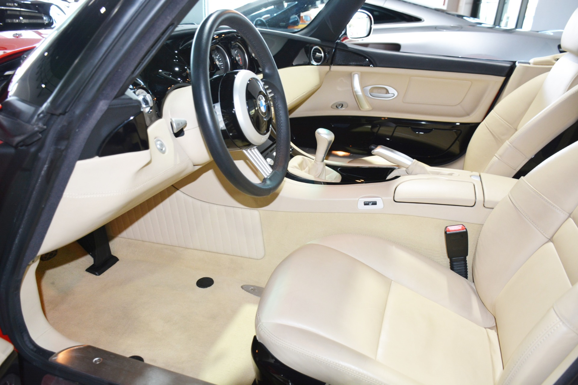 Used-2000-BMW-Z8-Roadster