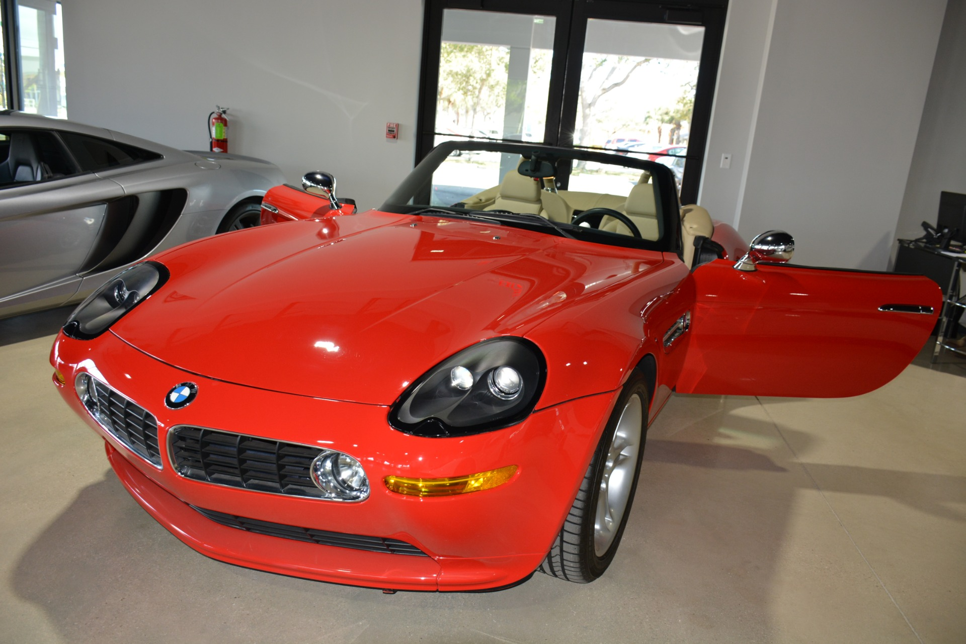 Used-2000-BMW-Z8-Roadster