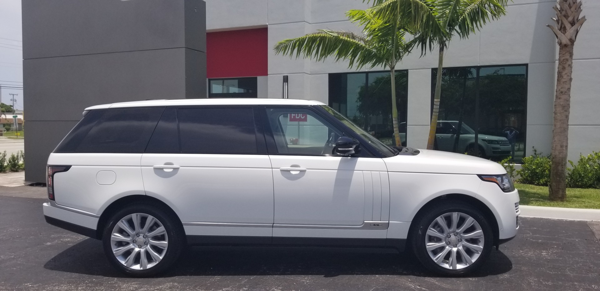 Used-2014-Land-Rover-Range-Rover-Supercharged-Long-Wheelbase