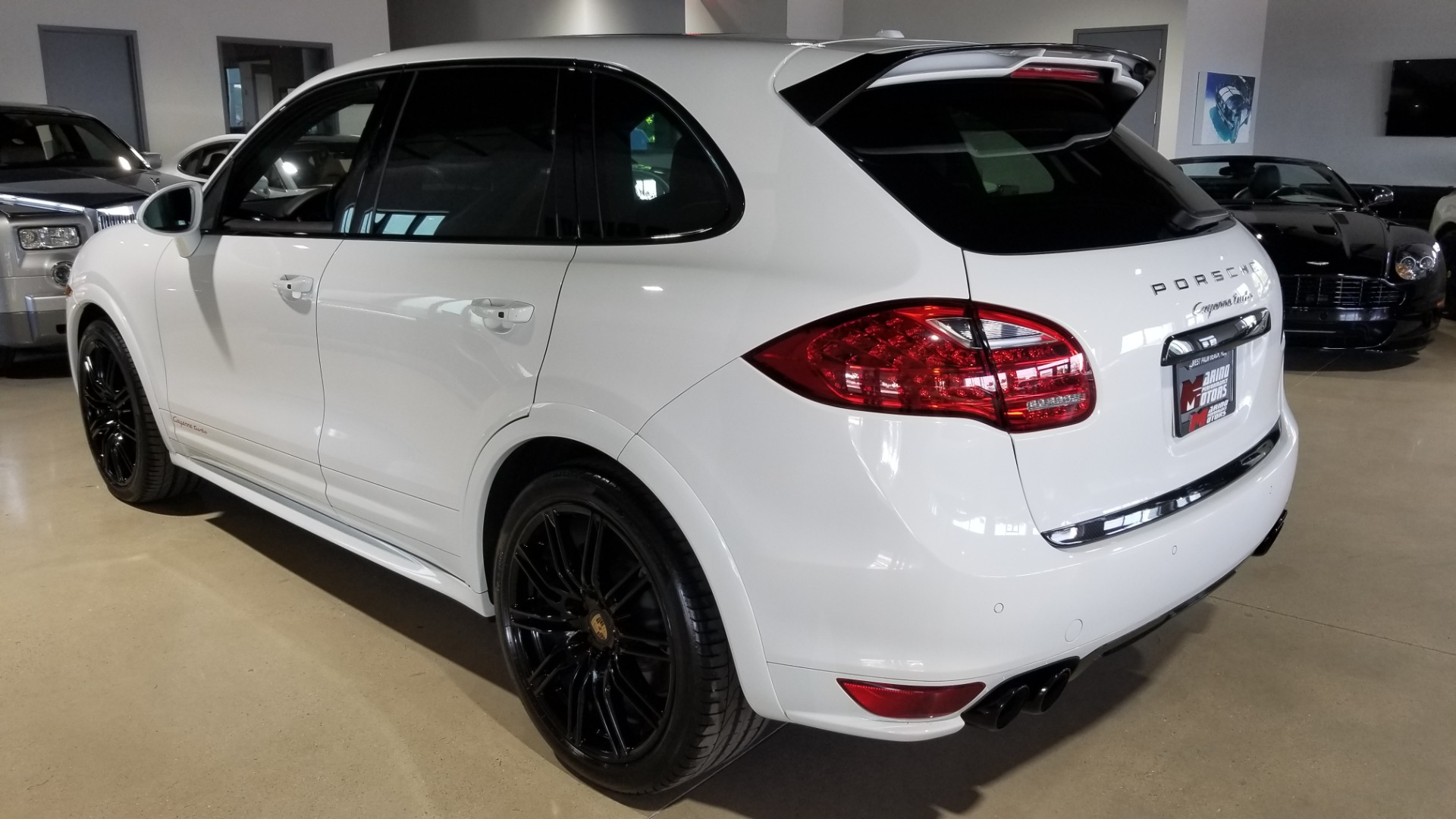 Used-2014-Porsche-Cayenne-Turbo