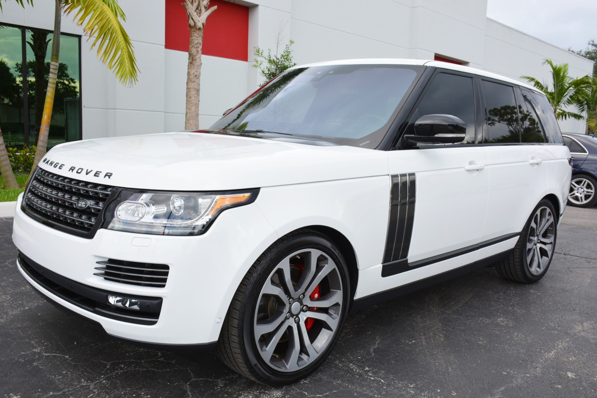 used 2017 land rover range rover svautobiography dynamic for sale 127 900 marino. Black Bedroom Furniture Sets. Home Design Ideas