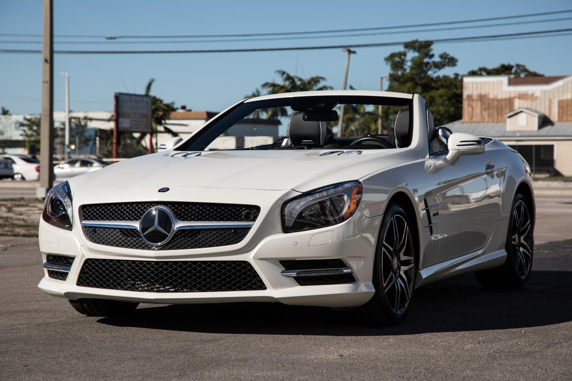 Used-2015-Mercedes-Benz-SL-Class-SL-550