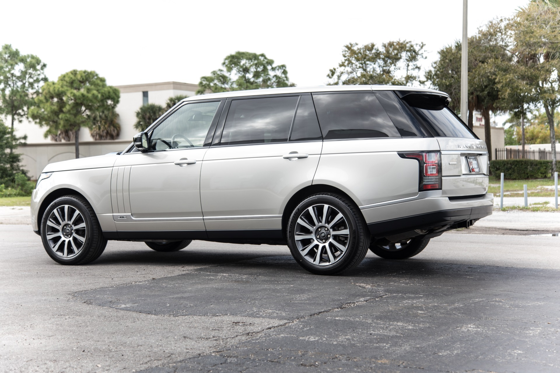 Used-2014-Land-Rover-Range-Rover-Autobiography-LWB
