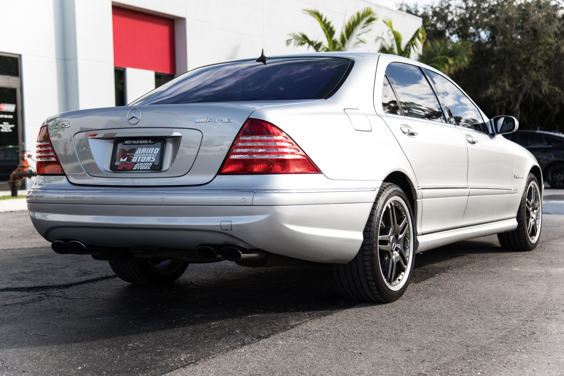 Used 2006 Mercedes Benz S Class S 65 Amg For Sale 22 900