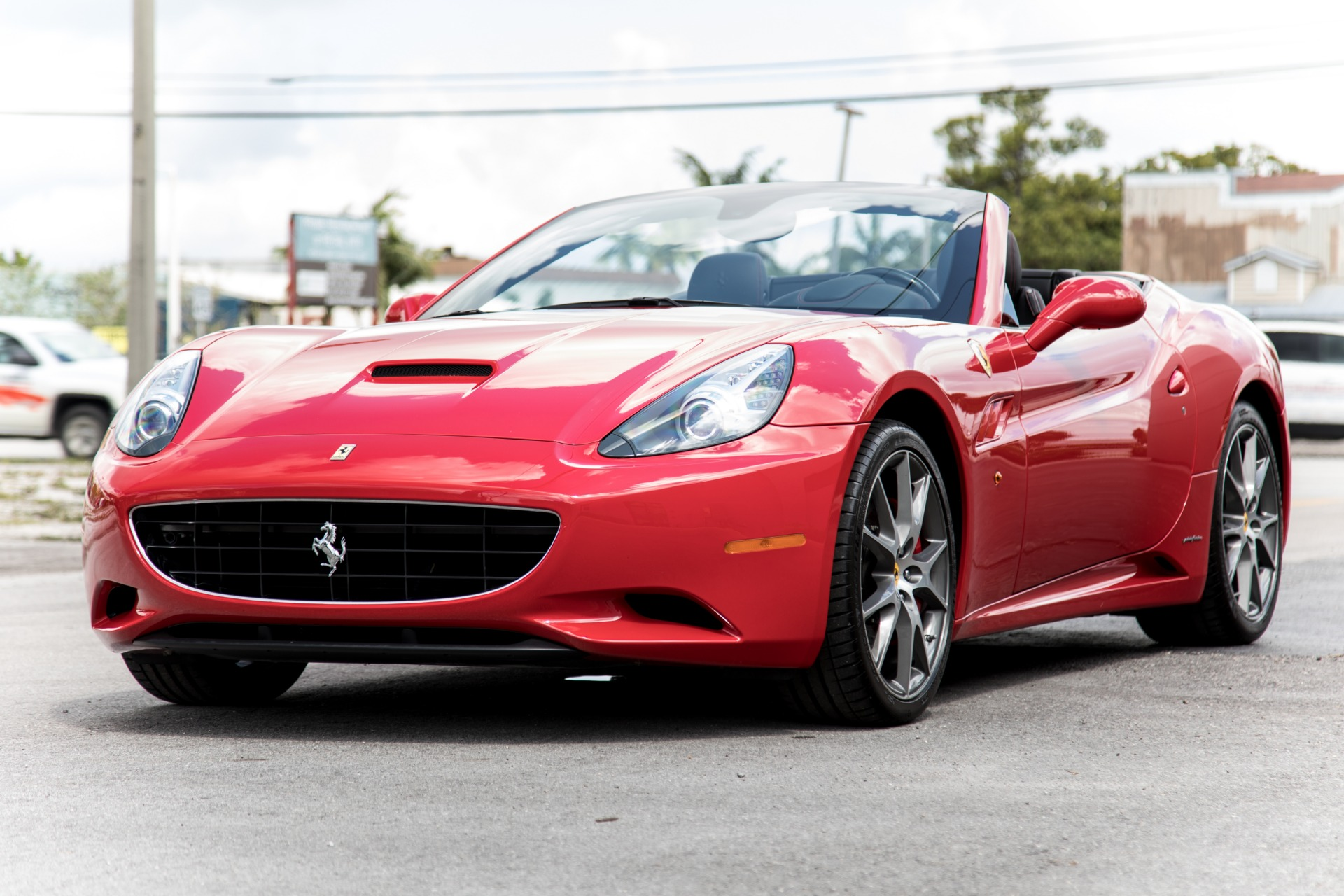 Used 2010 Ferrari California For Sale ($104,900)