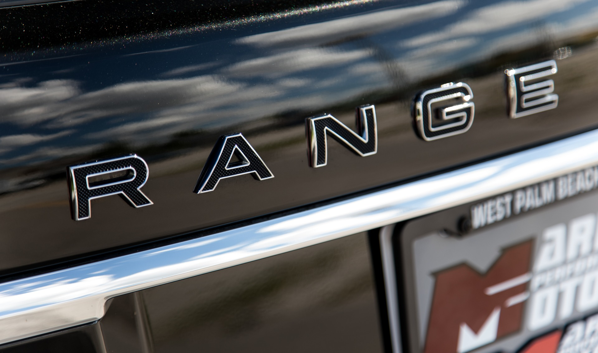 Used-2016-Land-Rover-Range-Rover-SVAutobiography-LWB
