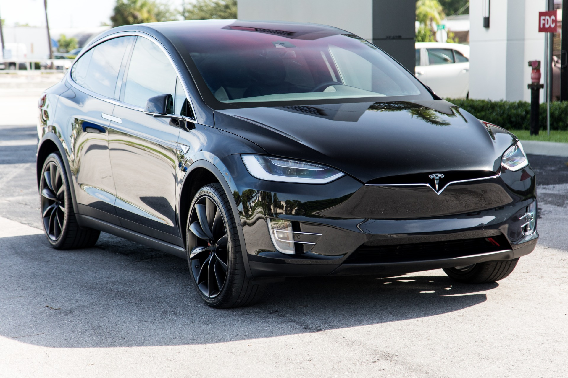 Tesla Model X P90d Preis