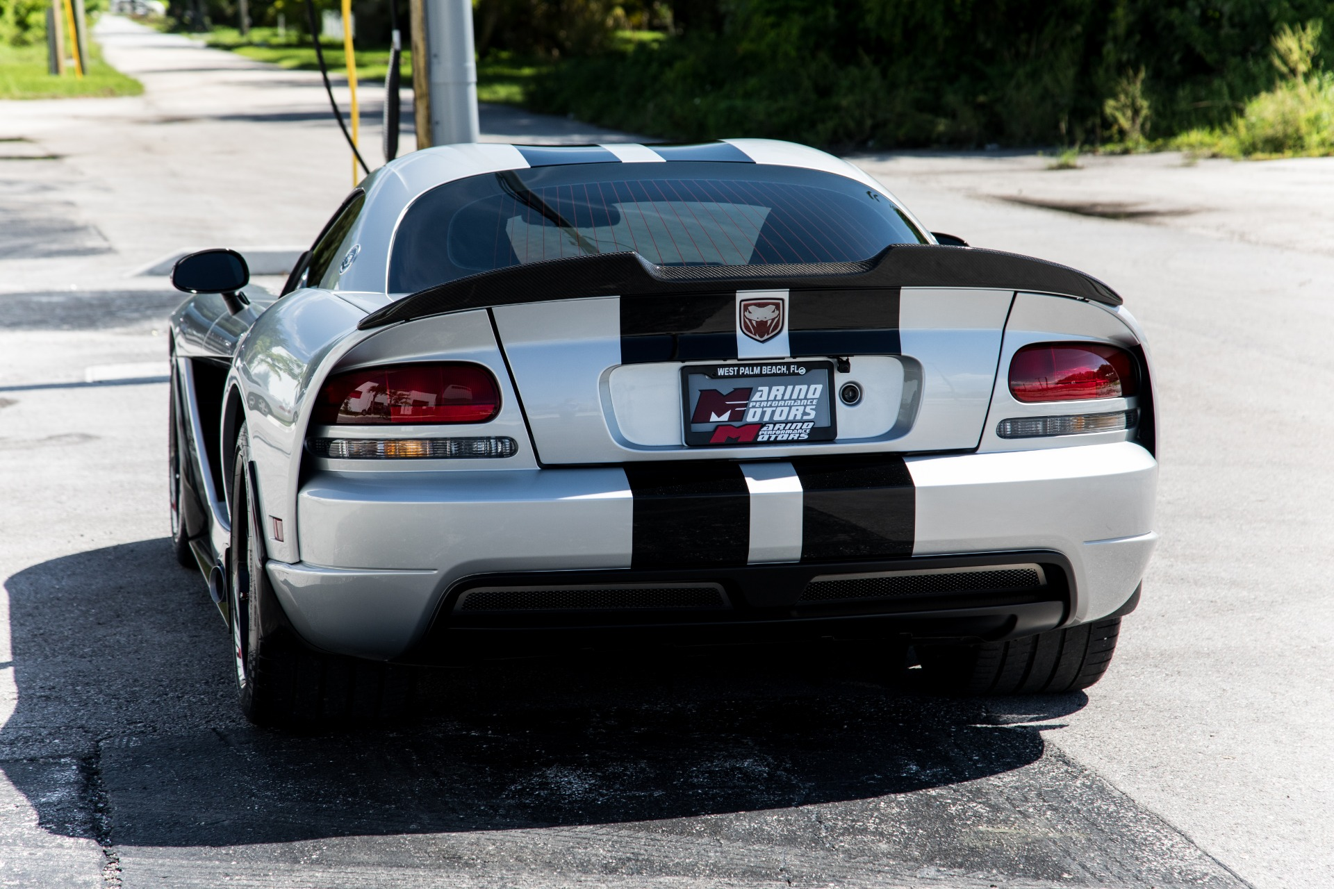 Used-2009-Dodge-Viper-SRT-10-VOI-10-Edition