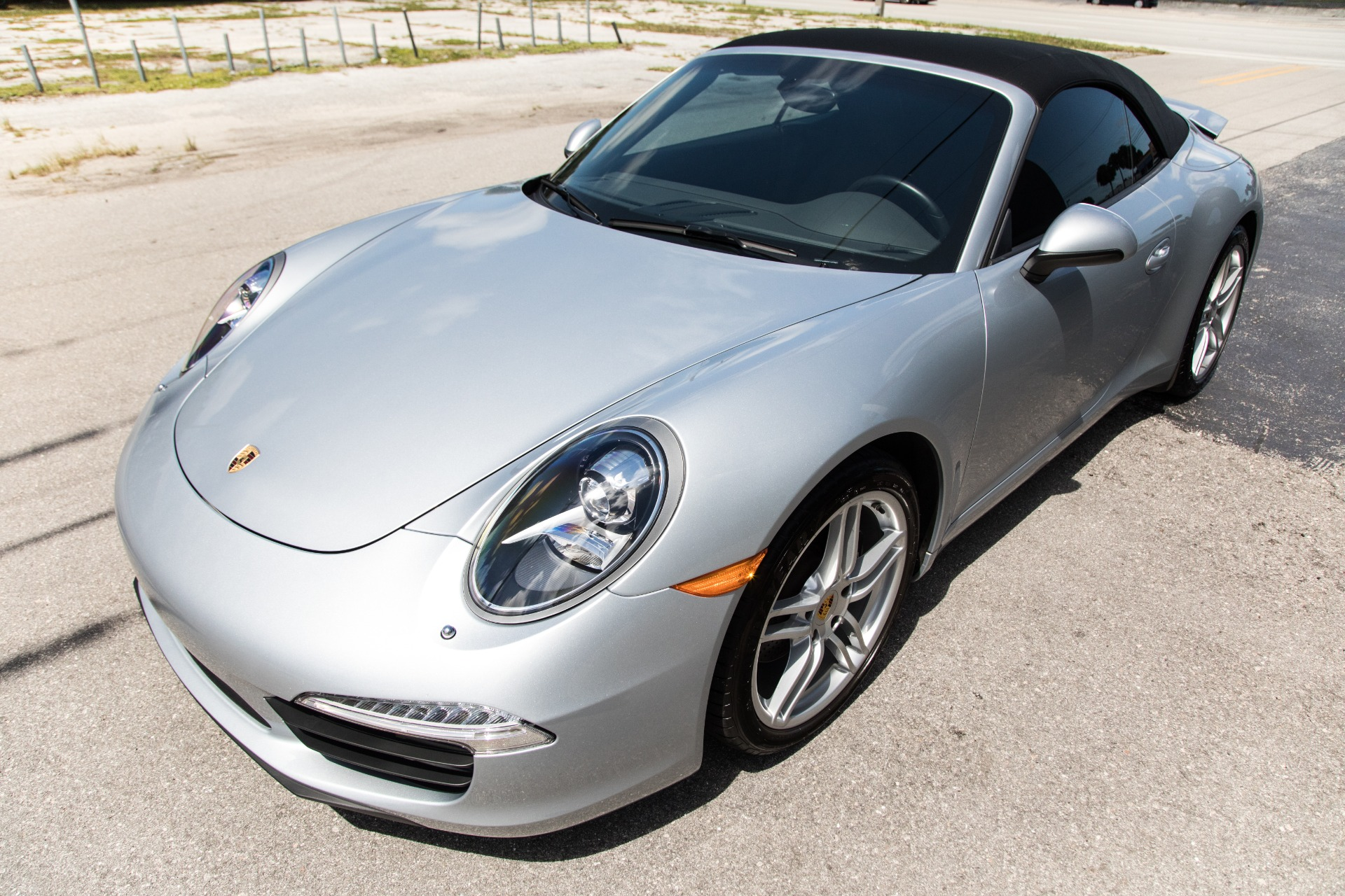 Used-2015-Porsche-911-Carrera