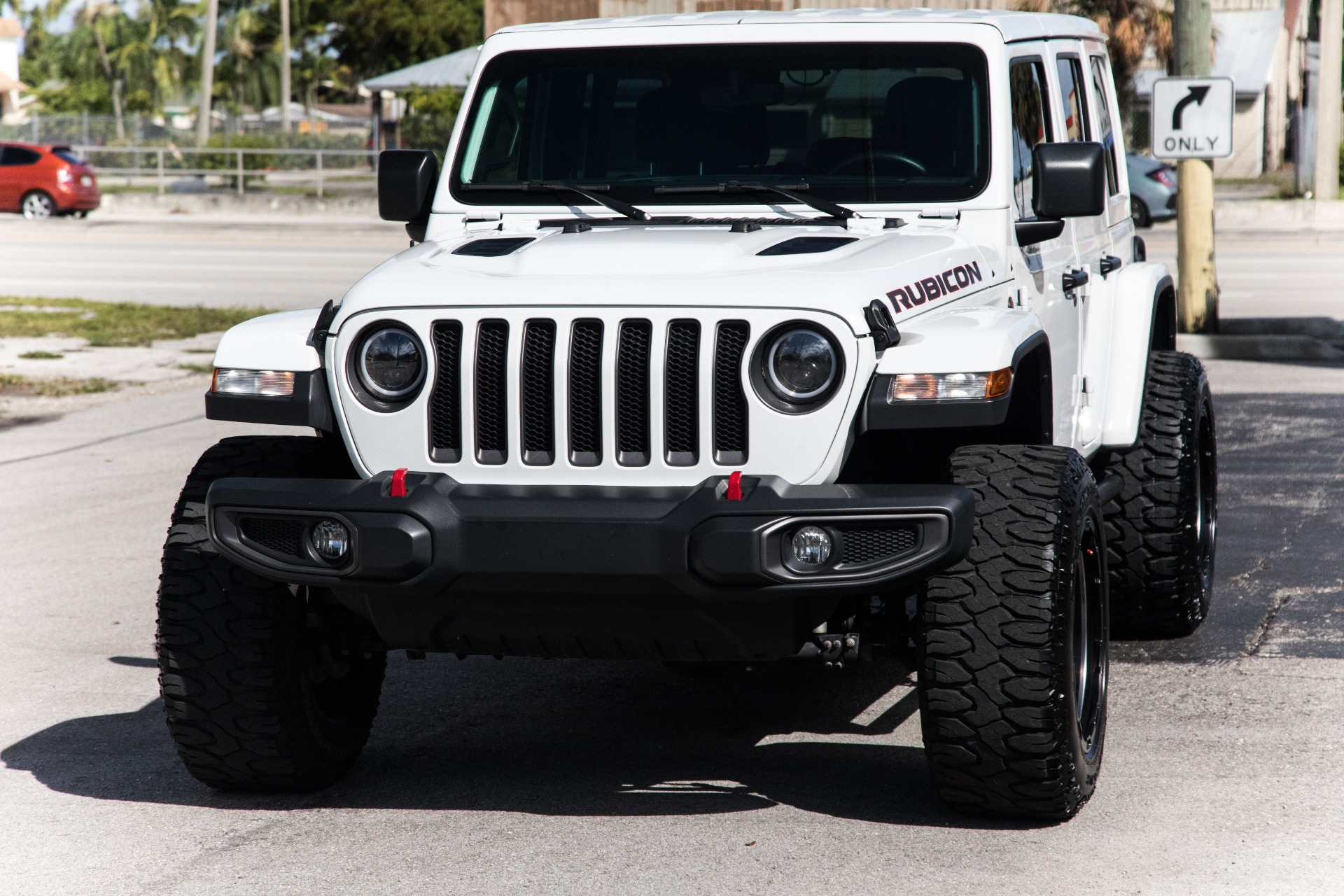 Used-2018-Jeep-Wrangler-Unlimited-Rubicon
