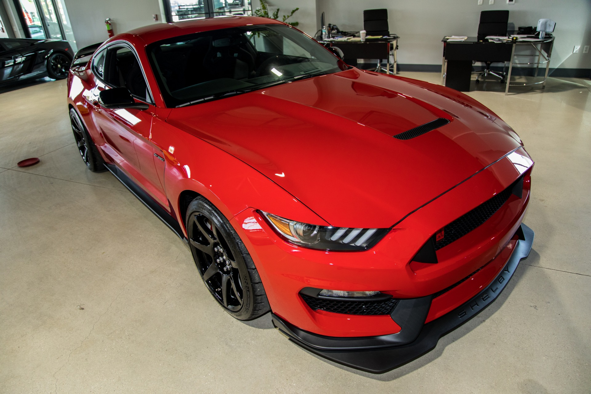 Used-2016-Ford-Mustang-Shelby-GT350R
