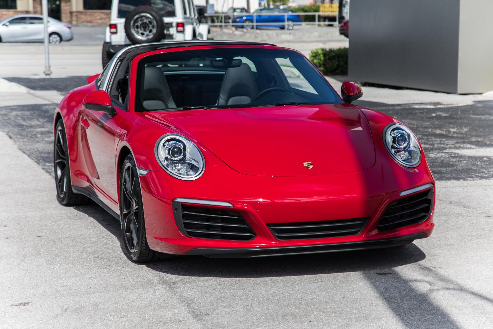 Used-2017-Porsche-911-Targa-4
