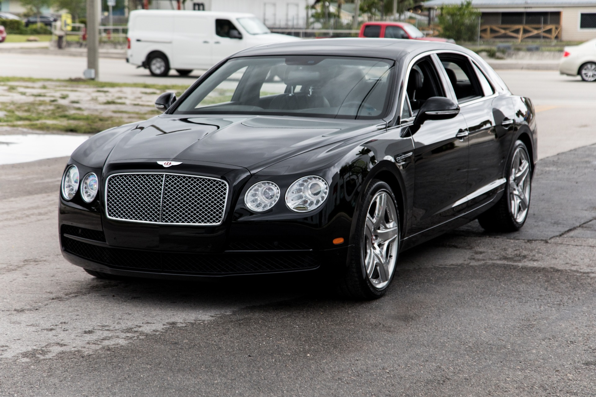 Used-2015-Bentley-Flying-Spur-V8
