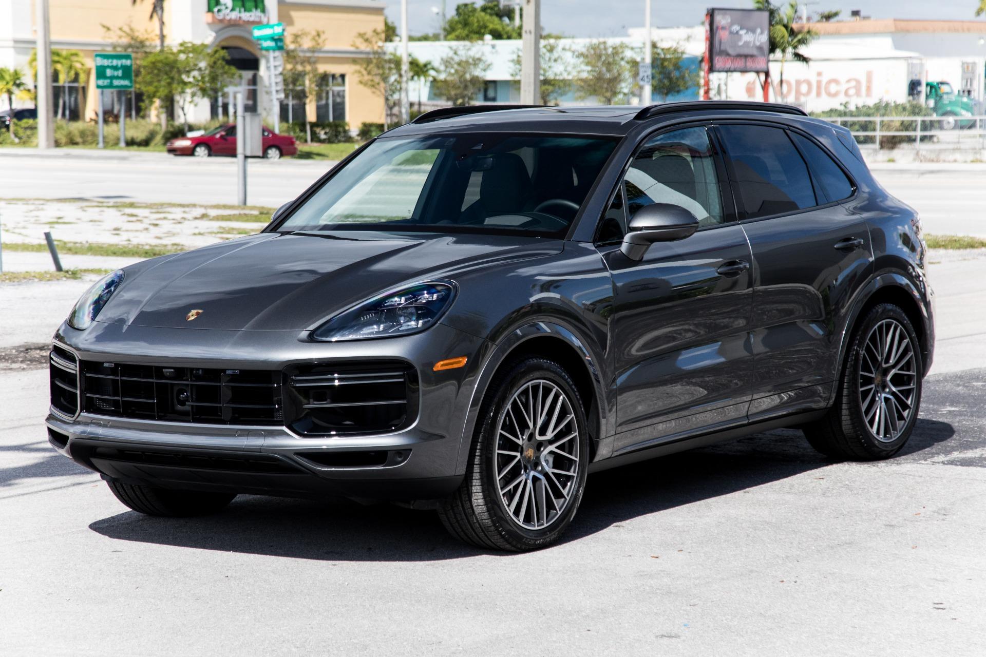 Used-2019-Porsche-Cayenne-Turbo