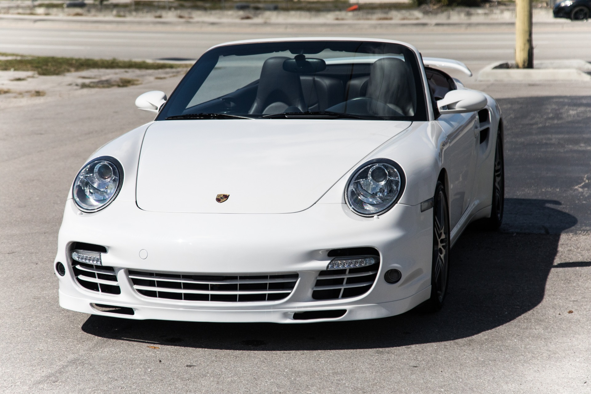 Used-2009-Porsche-911-Turbo