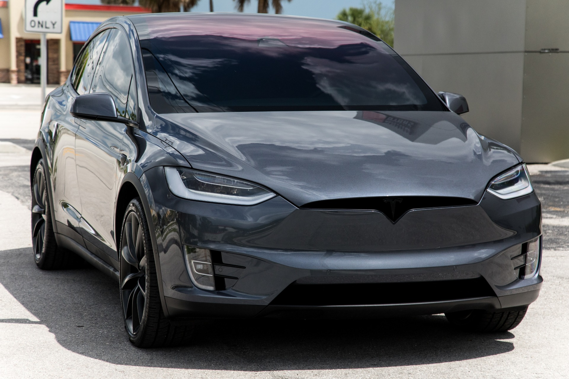 Used-2020-Tesla-Model-X-Long-Range