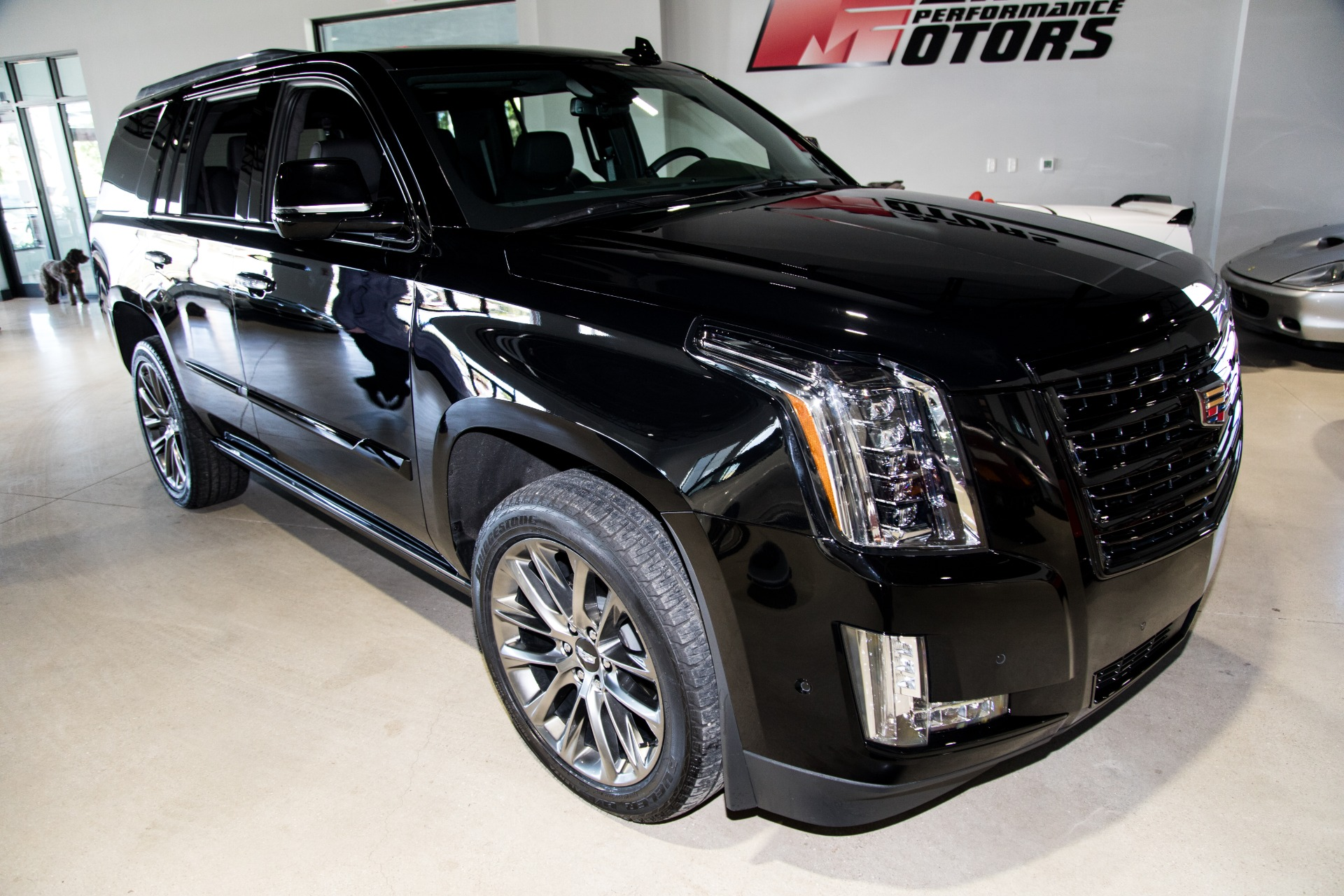 Used-2020-Cadillac-Escalade-Platinum
