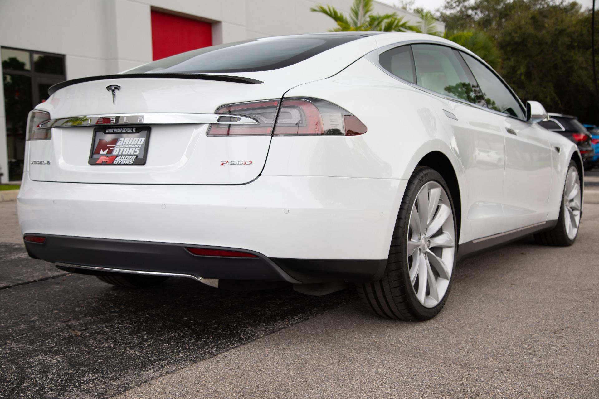 Used-2015-Tesla-Model-S-P90D