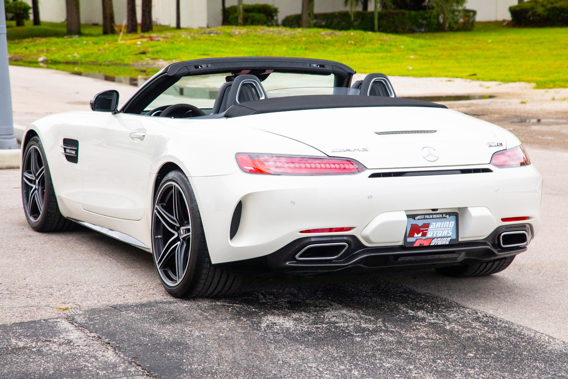 Used-2018-Mercedes-Benz-AMG-GT-C