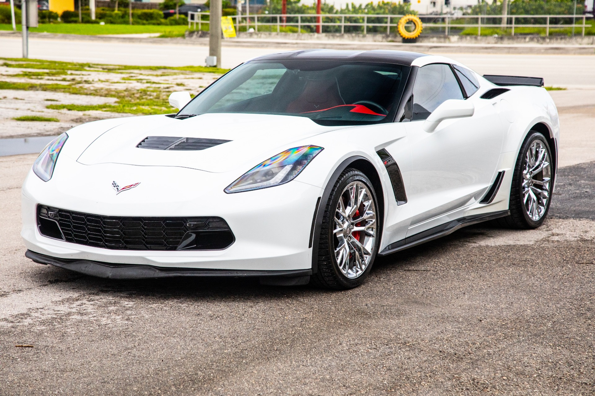 Used-2016-Chevrolet-Corvette-Z06