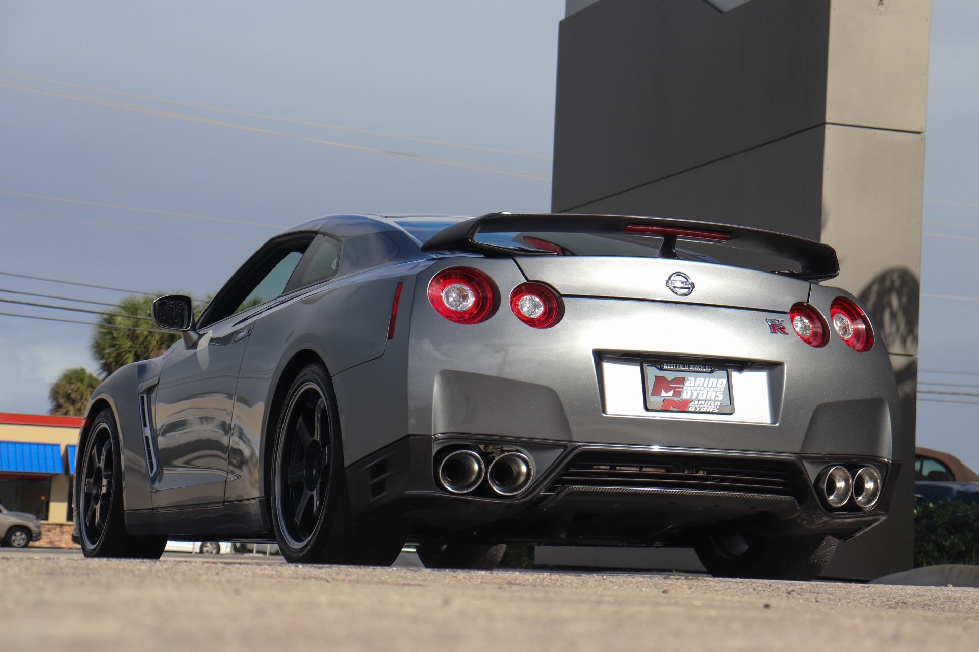 Used-2016-Nissan-GT-R-Black-Edition