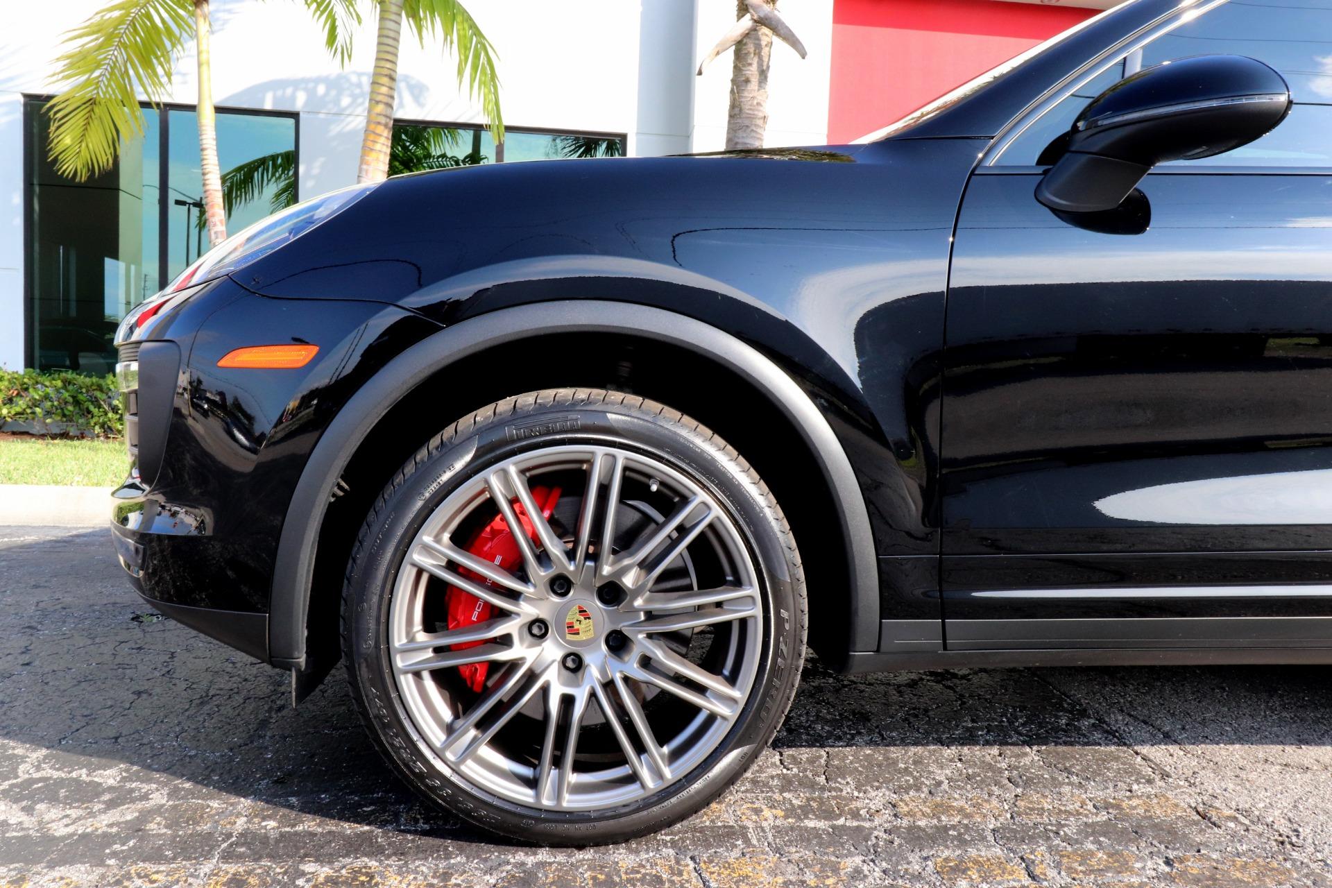 Used-2018-Porsche-Cayenne-Turbo