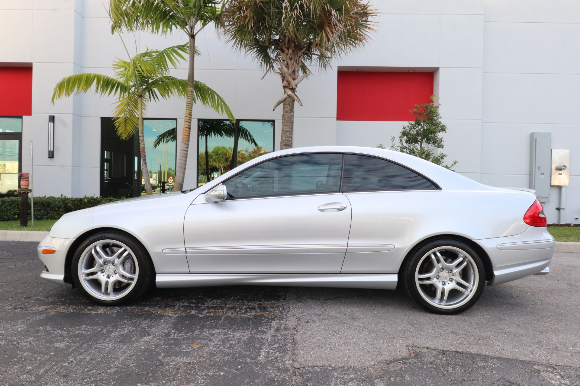 Used-2008-Mercedes-Benz-CLK-CLK-550