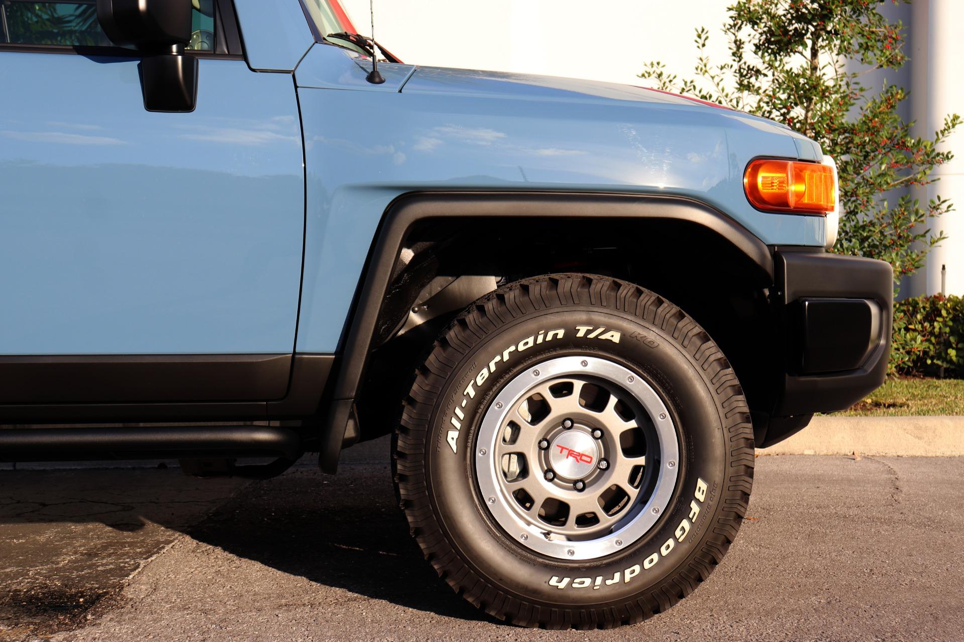 Used-2014-Toyota-FJ-Cruiser