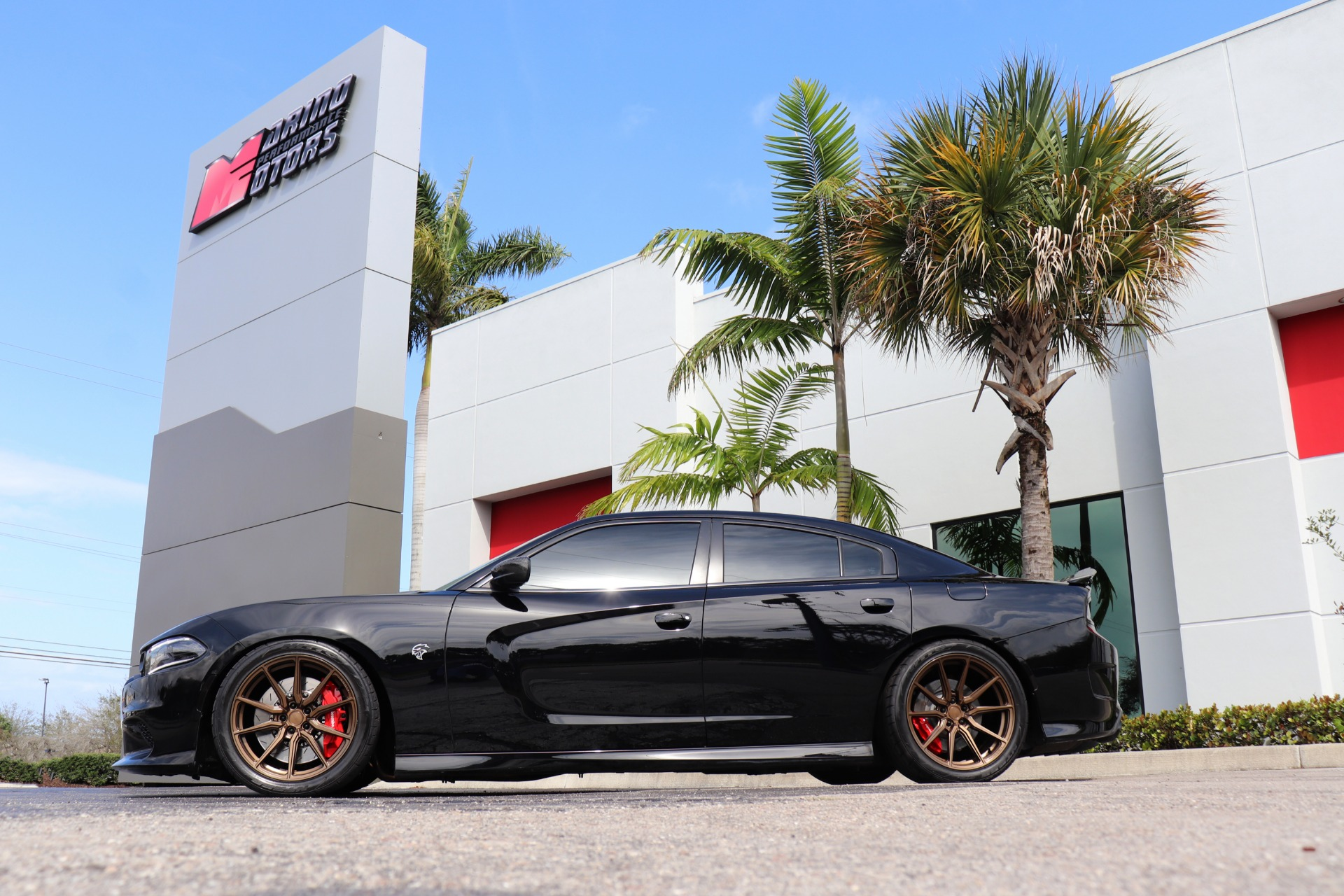 Used-2018-Dodge-Charger-SRT-Hellcat