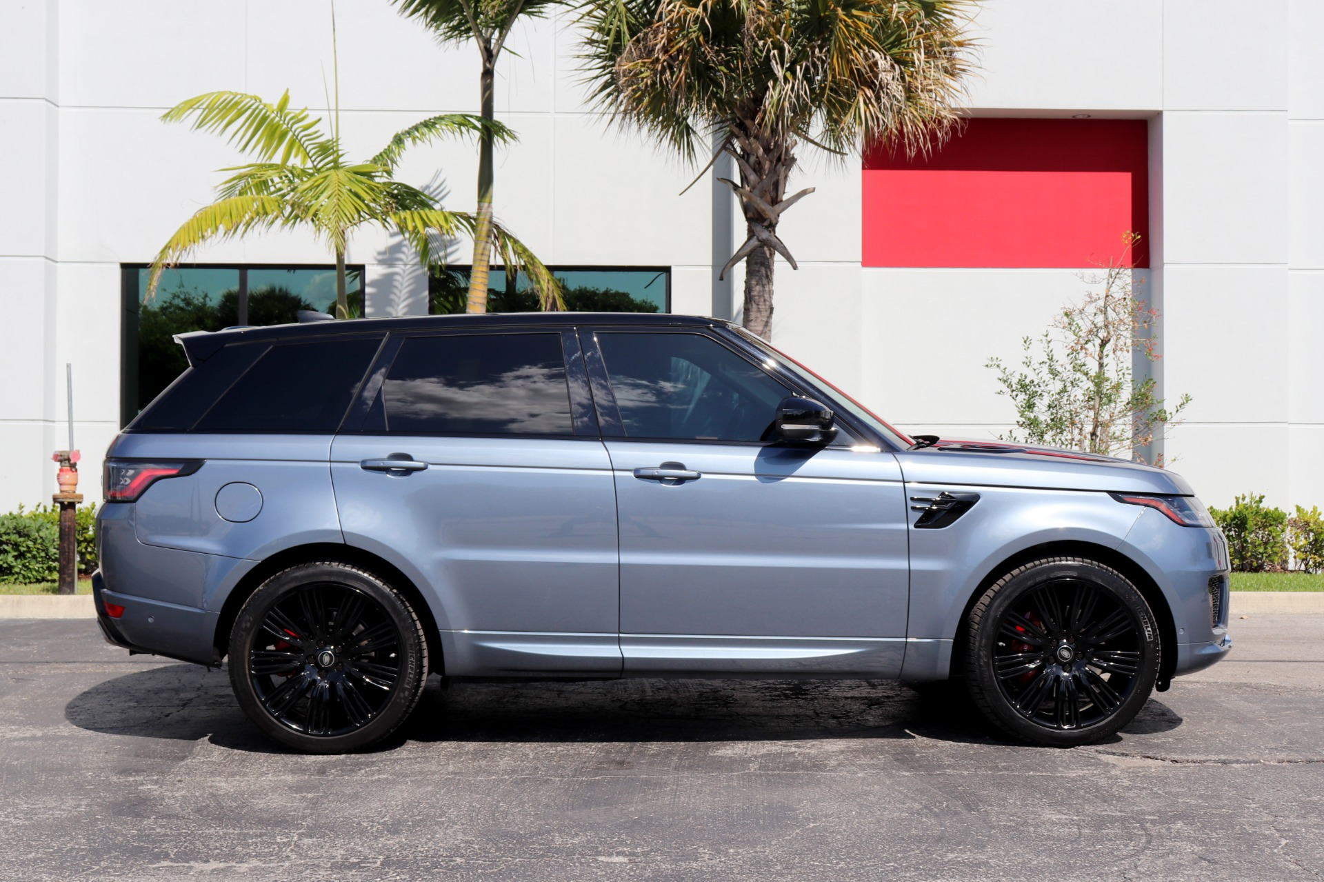 Used-2018-Land-Rover-Range-Rover-Sport-Supercharged