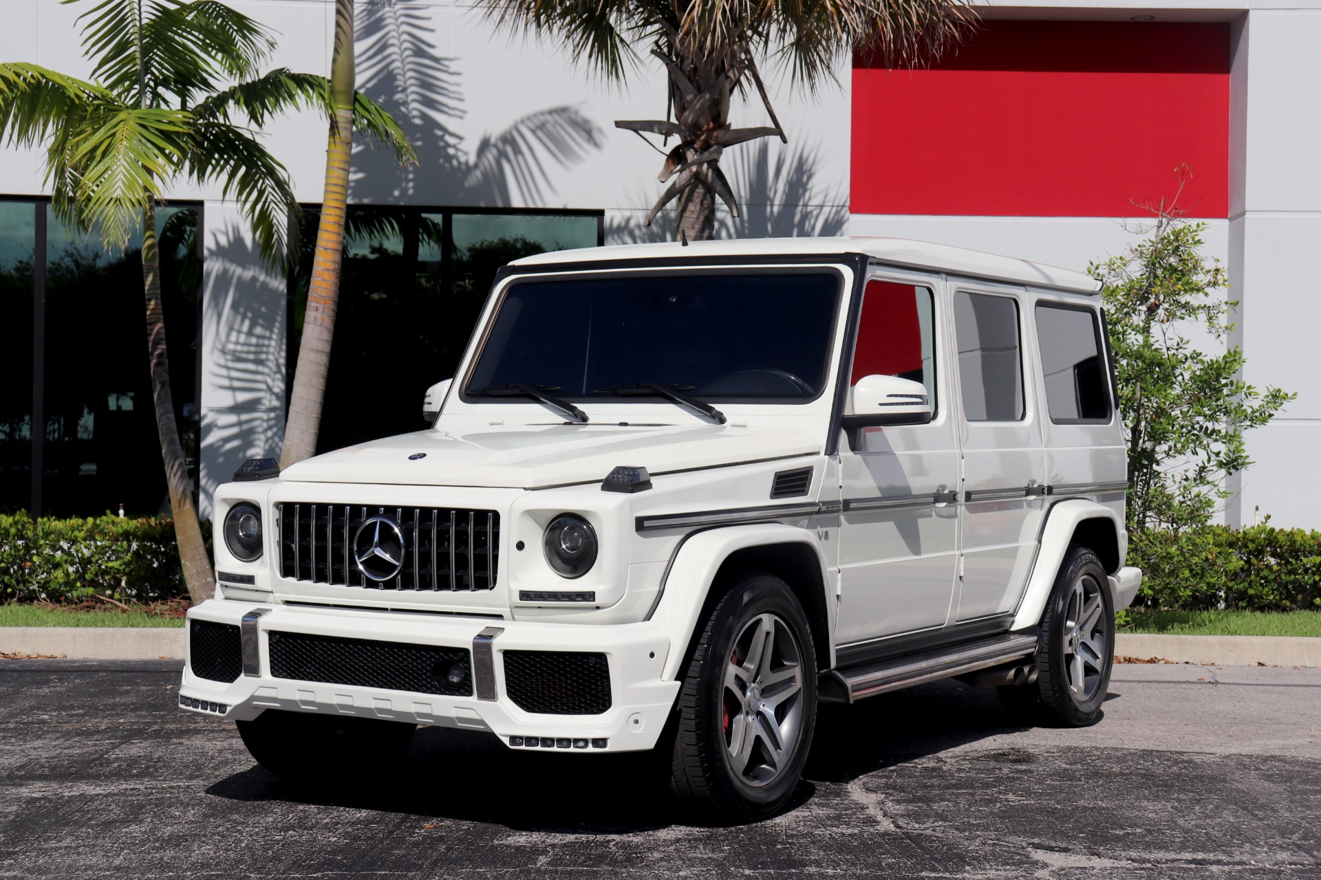 Used-2011-Mercedes-Benz-G-Class-G-55-AMG