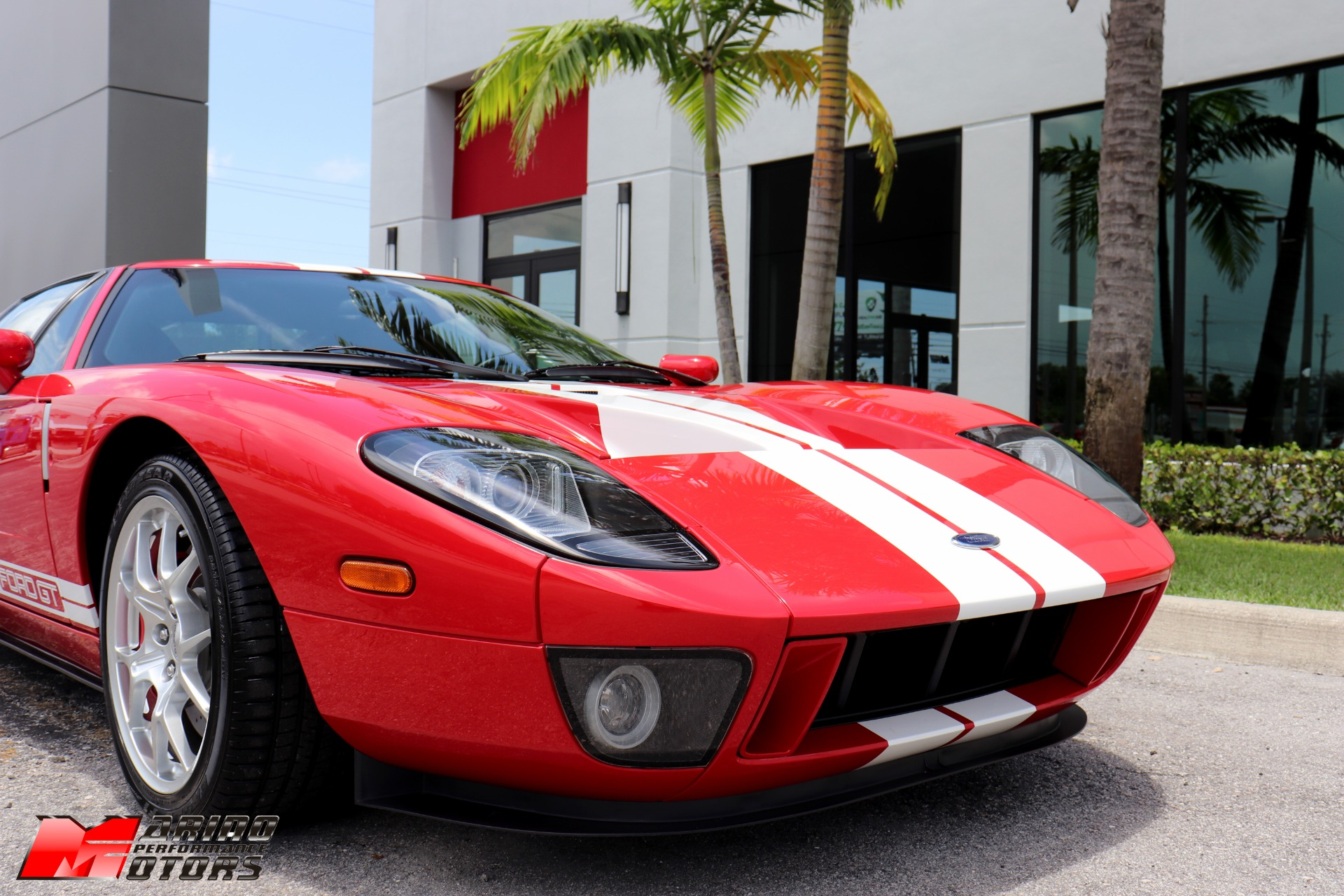Used-2005-Ford-GT